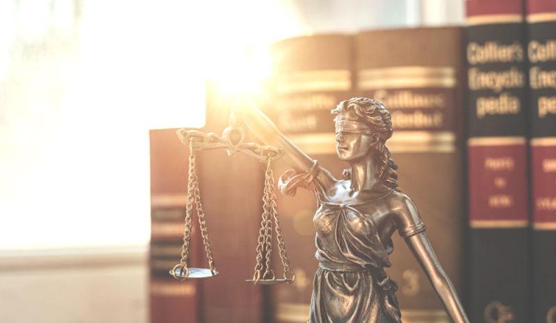 Podo-Law-gie : textes légaux réglementant l'exercice de la podologie en France