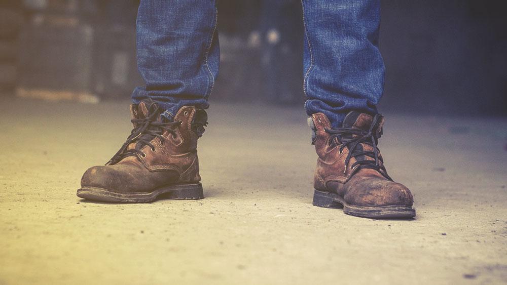 Quelles solutions offrent un podologue aux chaussures de sécurité ?